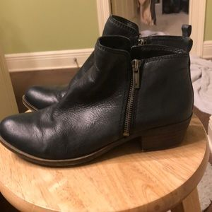 Lucky Brand Black Zipper Ankle Boots